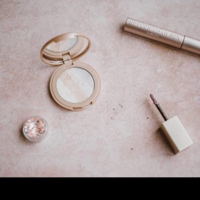 Blush makeup – how to master this killer makeup tool